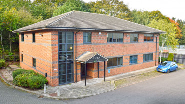 TO LET: Self-Contained Office