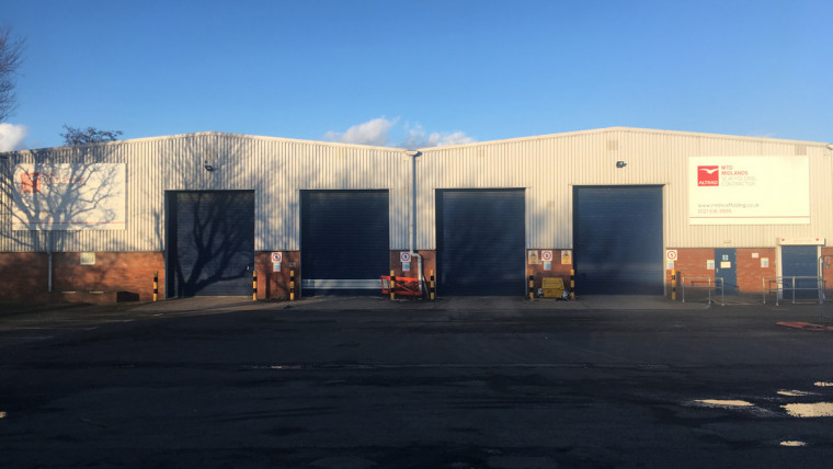TO LET: Industrial Warehouse Premises With Offices