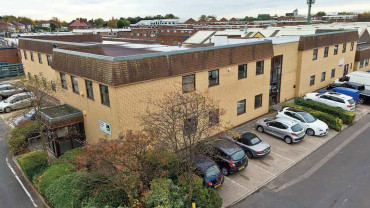 TO LET: Self Contained Ground Floor Office