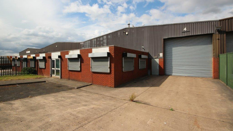 TO LET: Refurbished Industrial Warehouse / Production Unit