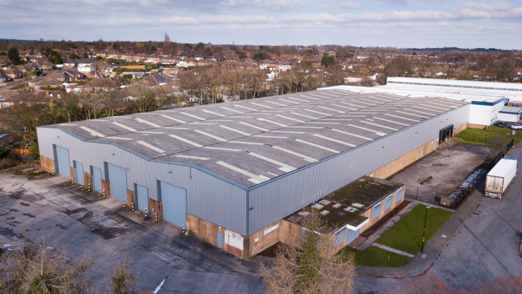 TO LET: Detached Industrial Warehouse with Offices