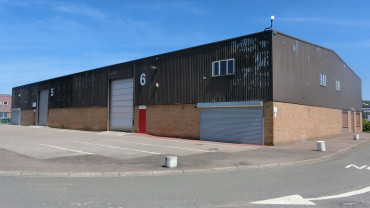 TO LET: Industrial Unit