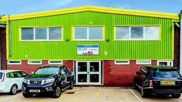 TO LET: Modern Refurbished Warehouse Accommodation