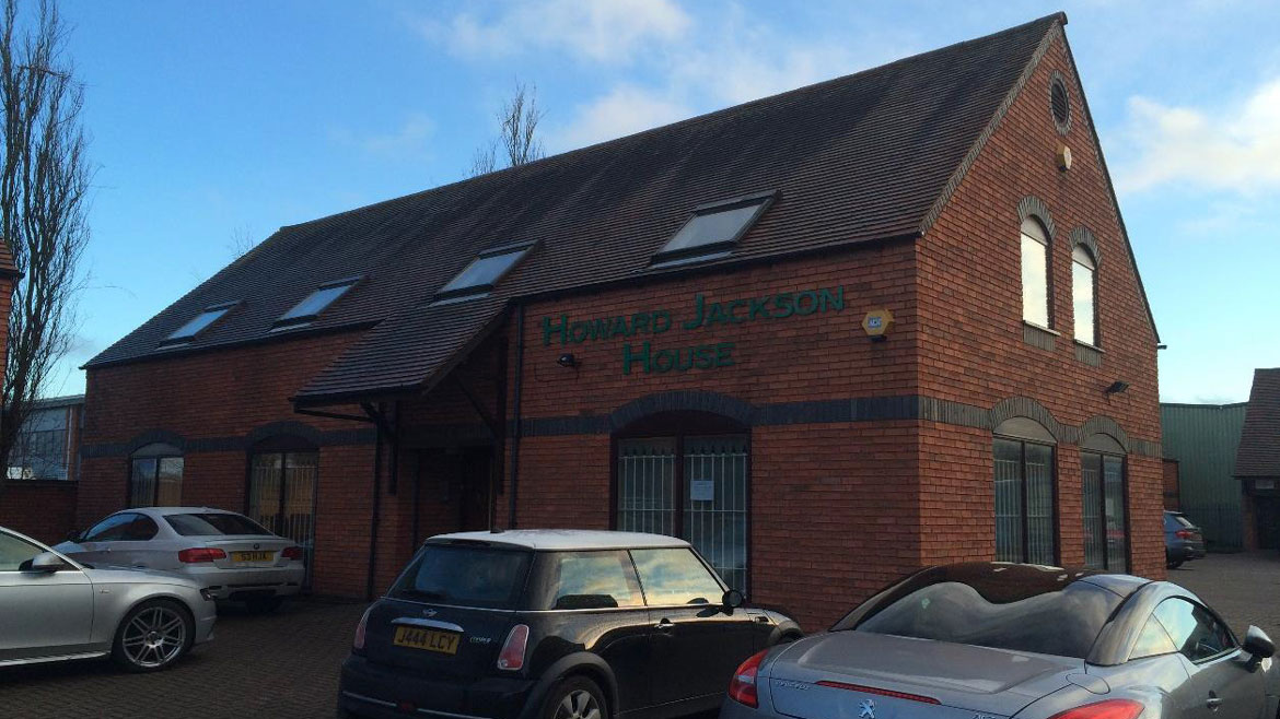 TO LET: Self-Contained Courtyard Style Office Premises