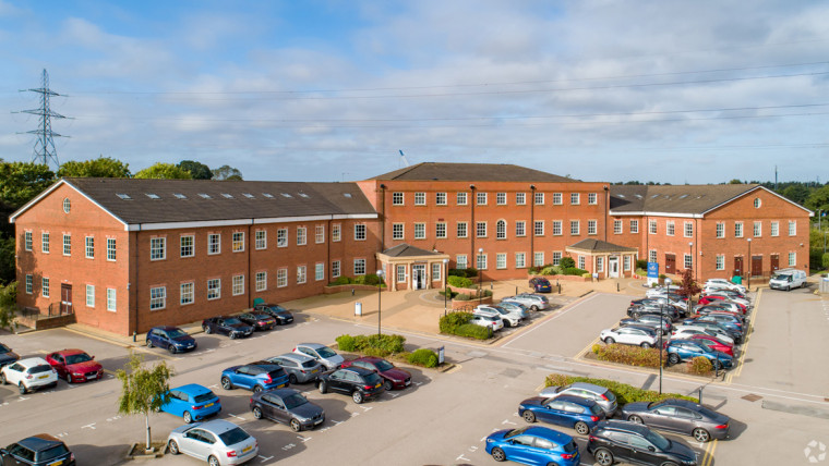 TO LET: Open-Plan Office Accommodation