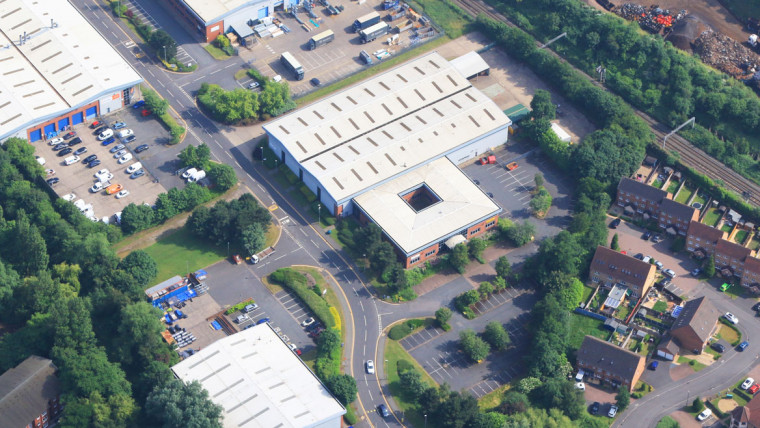 TO LET: Industrial Warehouse Premises
